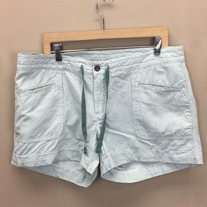 NWT Northface Green Striped Women's Shorts sz 14